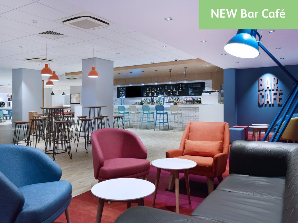 New bar cafe at Gatwick Travelodge Hotel - refitted by TROY group
